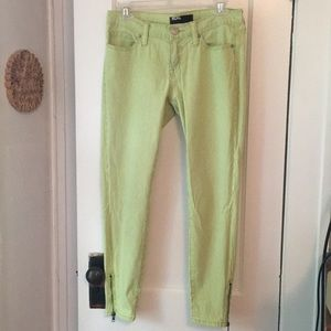 Neon yellow BDG stripped jeans with zippers 27